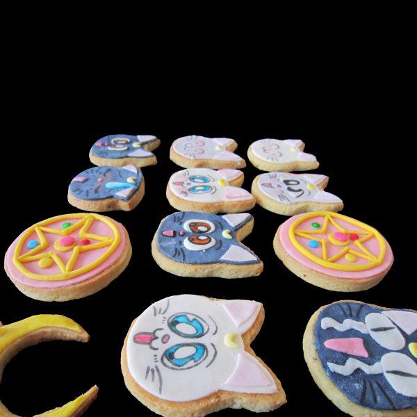 Biscotti decorati per un compleanno a tema Sailor Moon