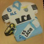 Torta decorata in pasta di zucchero per un compleanno a tema S.S. Lazio