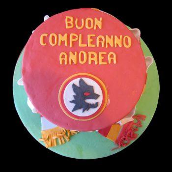 Torta della Roma decorata in pasta di zucchero per un compleanno