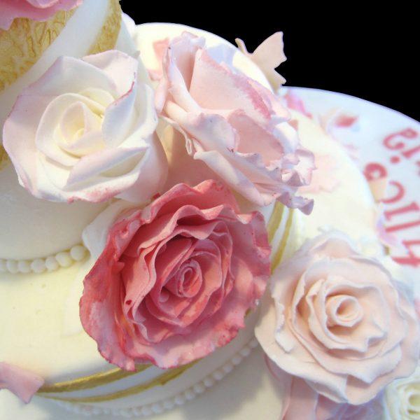 Rose in pasta di zucchero