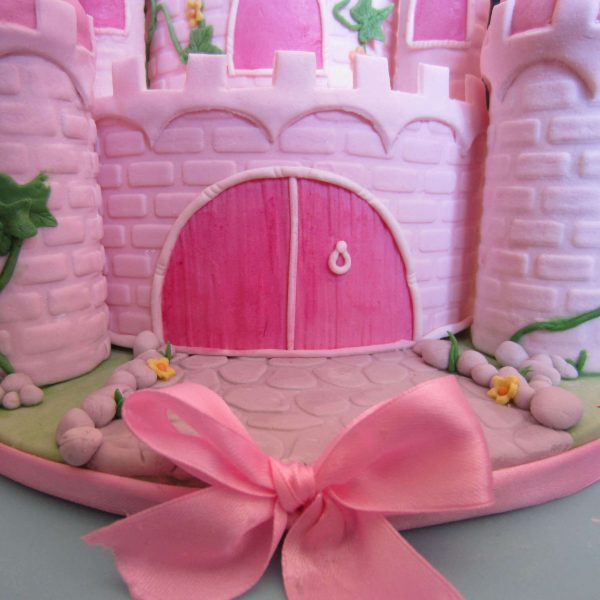Portone del castello in pasta di zucchero