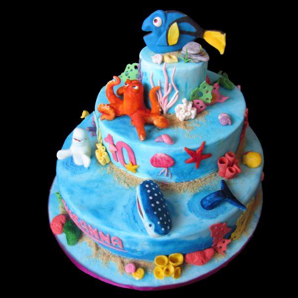 Torta decorata in pasta di zucchero per un compleanno a tema Alla ricerca di Dory