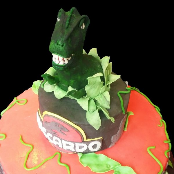 Tirannosauro Rex in pasta di zucchero