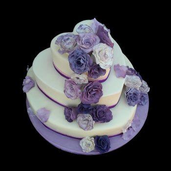 Cascata di rose viola in pasta di zucchero