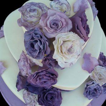 Rose viola in pasta di zucchero