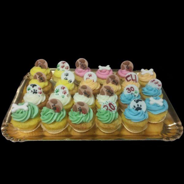 Muffins con decorazioni in pasta di zucchero a tema Amici a quattro zampe